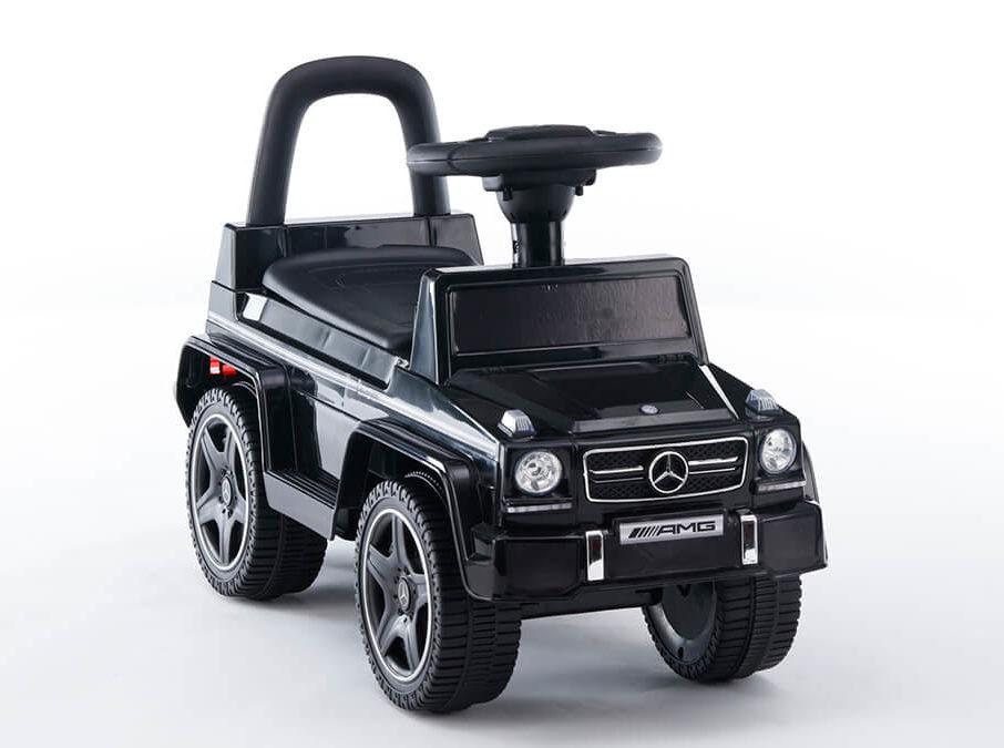 Rutschfahrzeug Mercedes 4